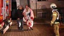 Esenyurt'ta korkutan yangın! Apartman mahsur kalan 12 kişi kurtarıldı