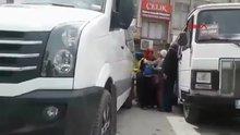 Elazığ'da 3 kadın, tacizde bulunduğu iddiasıyla bir kişiyi sopa ile dövdü