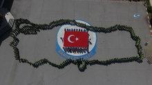 Nevşehir'de öğrenciler 23 Nisan'ı Türkiye haritası koreografisi ile kutladı