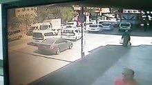 Güngören'de bir kişi trafikte karısını öldürüp kaçtı