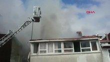 Kağıthane'de yangın mahalleyi dumana boğdu