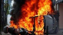 Fransa'da olaylı 1 Mayıs! Göstericiler polisle çatışıyor