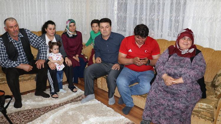 Rıza Kayaalp'in ailesi şampiyonluğu böyle izledi!