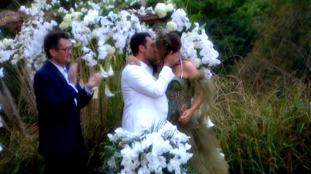 Seren Serengil'le nişanlanan Yaşar İpek'in annesi ve kız kardeşi törene katılmadı!