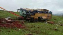 Midibüs şarampole devrildi: 4 ölü, 22 yaralı