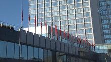 Kudüs için Taksim'deki bayraklar yarıya indirildi