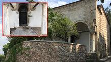 5 asırlık tarihi türbenin kapısı yakıldı