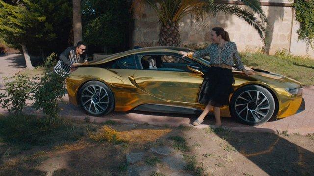 İskender'in yeni arabası!