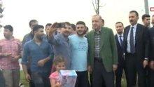Erdoğan, sahilde iftarı bekleyen vatandaşları ziyaret etti