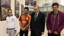 Cumhurbaşkanı Erdoğan'dan sahurda öğrenci yurduna sürpriz ziyaret