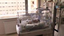 Öldürülen annesinin karnından alınan bebekten iyi haber...8 aylık bebek hayati tehlikeyi atlattı