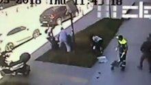 İstanbul Beyoğlu'nda yürüyen kadına saldırı anı kamerada