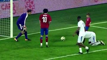 Tomas Rosicky jübile yaptı! Son golü oğluna attırdı