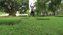 Devlet Başkanı yoga yaptı, sosyal medyada paylaştı