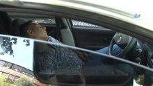 Kaza sonrası araç içerisinde sızan sürücüyü polis güçlükle uyandırdı