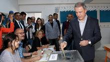 Genelkurmay Başkanı Akar ve komutanlar, Ankara'da oy kullandı