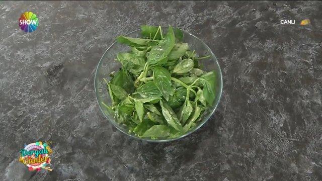 Derya Baykal'dan Salata Sosu
