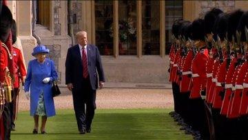 Trump'ın İngiltere ziyaretine damga vuran hareket!