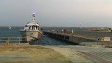 KKTC açıklarında batan tekneden kurtarılan 102 göçmen Mersin'e getirildi