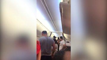 Uçak karıştı