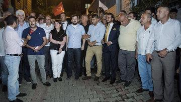 İYİ Partililerden Üsküdar'da 'Akşener nöbeti'
