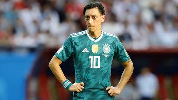Mesut Özil Almanya Milli Takımı'nı bıraktı