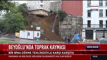 Beyoğlu'nda toprak kayması