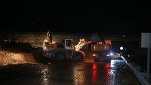 Kocaeli D-100 karayolunda ulaşıma yağış engeli