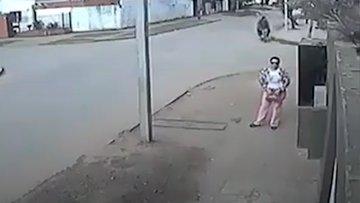 Pratik zekasıyla kapkaççıları alt eden kadın