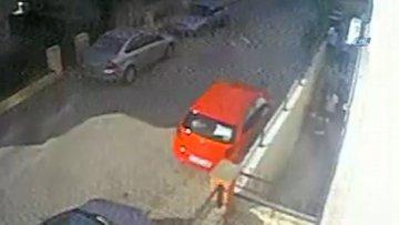Başkasının yerine sınava girmek isterken yakalandı, camdan atlayıp kaçmaya çalıştı