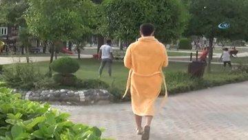 Bornoz şakası yapan youtuber, sert kayaya çarptı