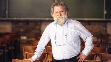 Büyük onur! 'Matematiğin Nobeli' Leelavati Ödülü Prof. Dr. Ali Nesin'e verildi