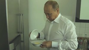 Putin 'reklam yüzü' oldu! Firma hakkında soruşturma başlatıldı