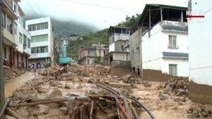 Çin'de sel felaketi! Yüzlerce kişi tahliye edildi