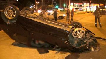 Takla atan otomobilin sürüklenme anı MOBESE'ye yansıdı