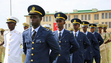 Somali Türk Görev Kuvveti Komutanlığı'nda mezuniyet heyecanı