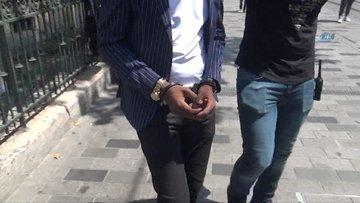 Otellere sahte dolar pazarlayan Nijeryalı dolandırıcı yakalandı