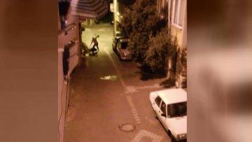 Sokakta kadına kan donduran şiddet!