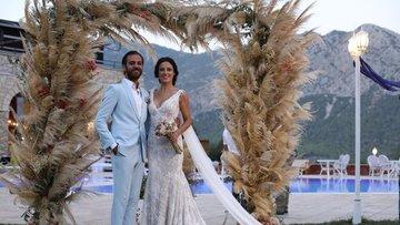 Vartolu evlendi!
