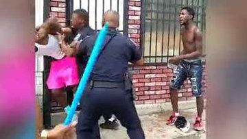 ABD'de siyahi vatandaşı döven polis açığa alındı