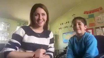 Köy öğretmeninin öğrencileriyle videoları büyük beğeni topladı