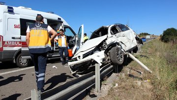 Bolu'da feci kaza: 2 ölü, 4 yaralı