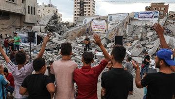Bomba değil müzik sesi! Gazze'de kültür merkezi enkazında barış konseri düzenlendi