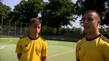 Almanya'da ırkçılık tartışması: Göçmen kökenli genç futbolcular anlatıyor