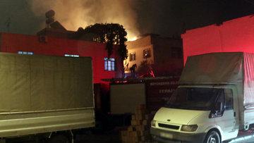Adana'da marangozhane yandı