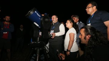 Bakan Varank Ulusal Gökyüzü Gözlem Şenliğine katıldı