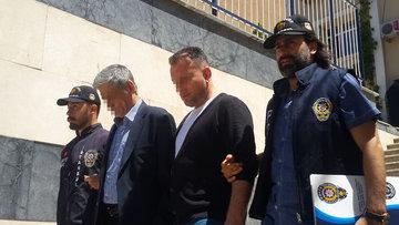 Sahte polislerden 50 bin liralık şantaj