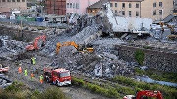 43 kişiye mezar olmuştu! İşte o köprünün çökme anı...
