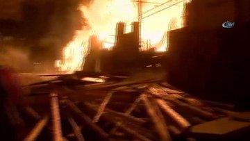 Şanlıurfa'da korkutan yangın! Çok sayıda ekip sevk edildi