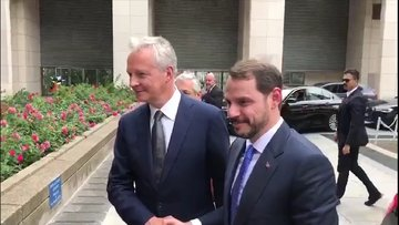Hazine ve Maliye Bakanı Berat Albayrak Fransa'da mevkidaşı La Maire ile bir araya geldi